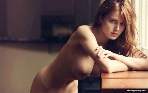 gorgeous naked fanny jpg 1280x809