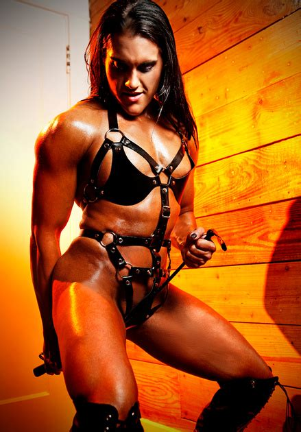 female body builder fetish jpg 439x630