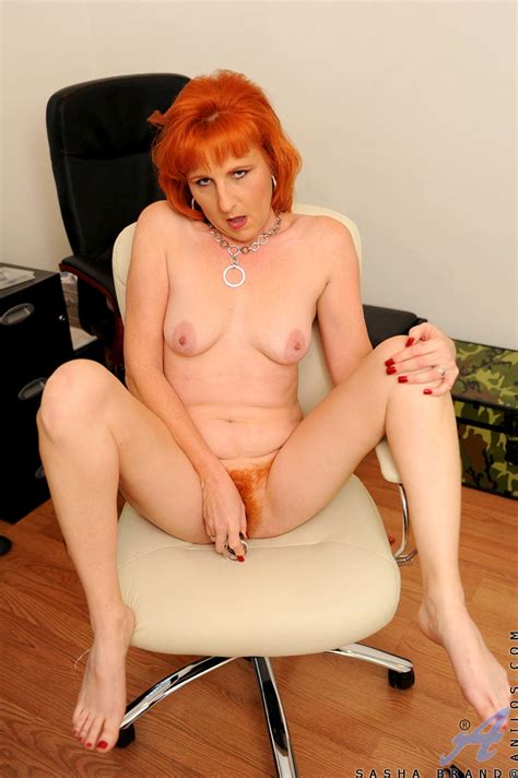 Redhead milf clips only real redheads moms fucking porn jpg 800x1202