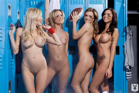 naked girls shower lockerrom jpg 1200x801